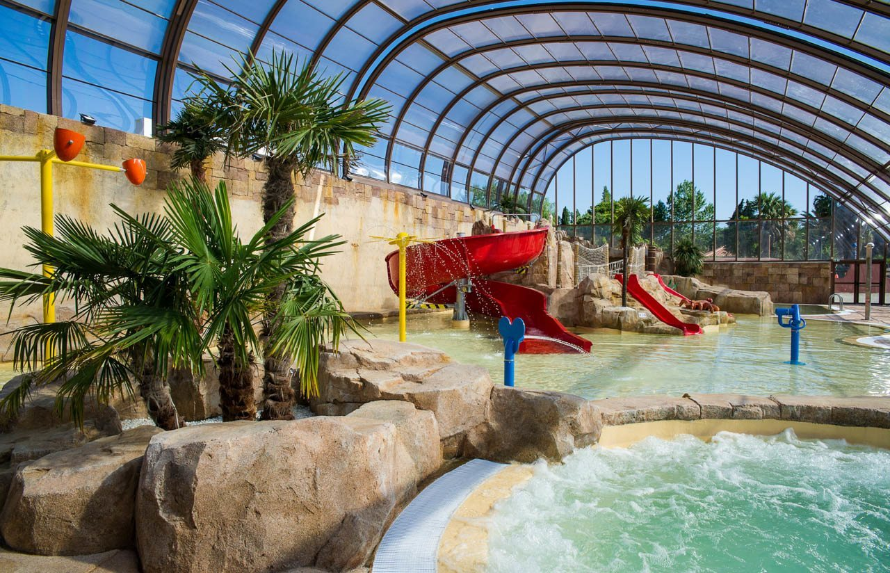 Un parc aquatique de 10 000 m camping 5 la sir ne for Camping de france avec piscine
